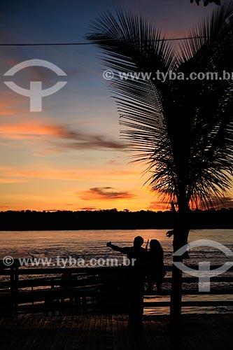 Vista do pôr do sol no Rio Madeira a partir da Praça da Madeira-Mamoré  - Porto Velho - Rondônia (RO) - Brasil
