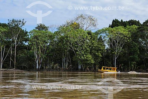 Barco Escolar após à cheia do Rio Madeira  - Porto Velho - Rondônia (RO) - Brasil