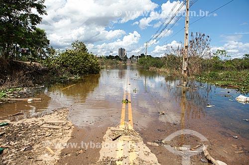 Rua de Porto Velho alagada devido à cheia do Rio Madeira  - Porto Velho - Rondônia (RO) - Brasil