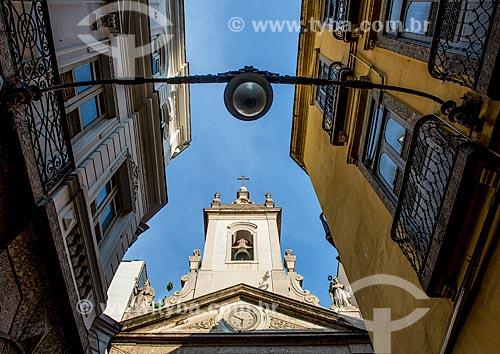 Detalhe da fachada da Igreja de Nossa Senhora da Lapa dos Mercadores (1766)  - Rio de Janeiro - Rio de Janeiro (RJ) - Brasil