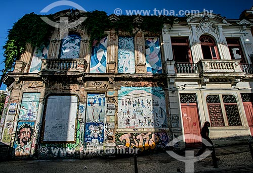Casarios na Rua Evaristo da Veiga próximo aos Arcos da Lapa  - Rio de Janeiro - Rio de Janeiro (RJ) - Brasil