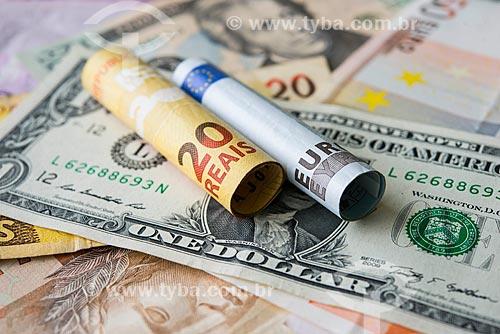 Cédulas do Real, Euro e Dólar   - Rio de Janeiro - Rio de Janeiro (RJ) - Brasil