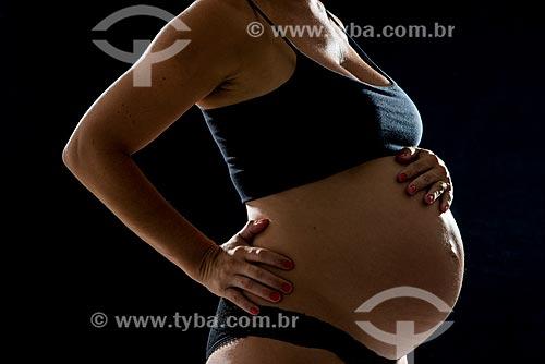 Detalhe de mulher grávida  - Rio de Janeiro - Rio de Janeiro (RJ) - Brasil