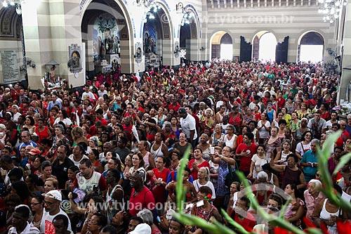 Fiéis na Paróquia de São Sebastião dos Frades Capuchinhos durante os festejos do dia de São Sebastião  - Rio de Janeiro - Rio de Janeiro (RJ) - Brasil