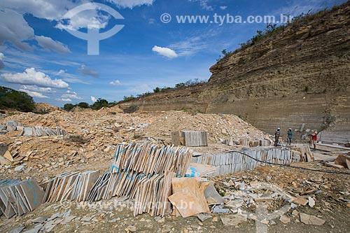 Área de extração de calcário no Geossítio Pedra Cariri - Geoparque Araripe  - Santana do Cariri - Ceará (CE) - Brasil