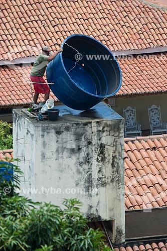 Instalação de caixa dágua em residência  - Juazeiro do Norte - Ceará (CE) - Brasil