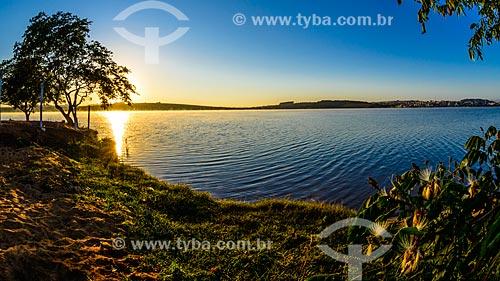 Nascer do sol na Represa de Furnas  - Boa Esperança - Minas Gerais (MG) - Brasil