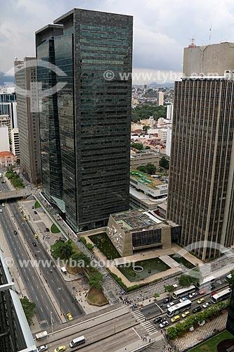 Vista geral do Centro Cultural da Caixa Econômica Federal - Teatro Nelson Rodrigues - com o Edifício Ventura  - Rio de Janeiro - Rio de Janeiro (RJ) - Brasil