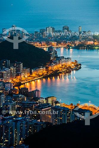 Morro do Sacopã visto do Mirante Dona Marta ao entardecer com o bairro de Ipanema ao fundo  - Rio de Janeiro - Rio de Janeiro (RJ) - Brasil