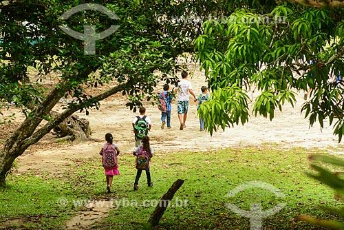 Crianças em escola da Comunidade Curupira - Saco do Mamanguá  - Paraty - Rio de Janeiro (RJ) - Brasil