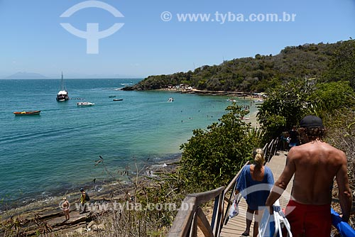 Trilha para acesso à Praia da Azeda com a Praia da Azedinha ao fundo  - Armação dos Búzios - Rio de Janeiro (RJ) - Brasil