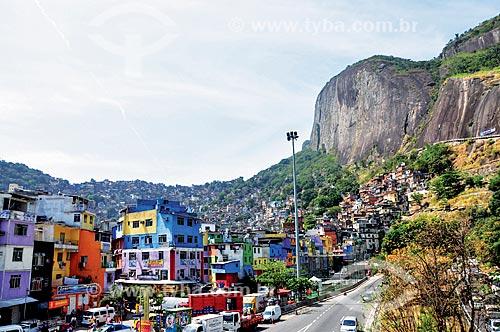 Vista da Autoestrada Lagoa-Barra próximo à Favela da Rocinha  - Rio de Janeiro - Rio de Janeiro (RJ) - Brasil