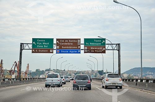 Carros no Viaduto do Gasômetro  - Rio de Janeiro - Rio de Janeiro (RJ) - Brasil