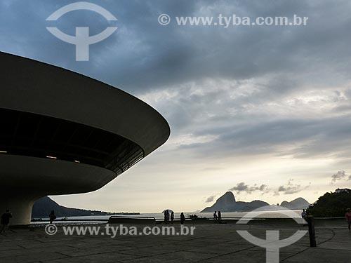 Museu de Arte Contemporânea de Niterói (1996) - parte do Caminho Niemeyer  - Niterói - Rio de Janeiro (RJ) - Brasil