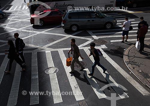 Faixa de pedestre próximo aos Teatros da Broadway  - Cidade de Nova Iorque - Nova Iorque - Estados Unidos