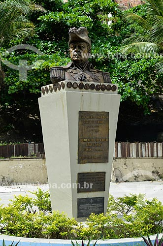 Busto de Luis Alves de Lima e Silva (1803 - 1880) - Duque de Caxias - no Forte Duque de Caxias - também conhecido como Forte do Leme  - Rio de Janeiro - Rio de Janeiro (RJ) - Brasil