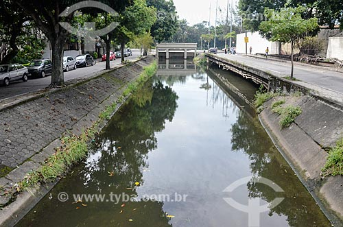 Canal do Rio dos Macacos na Rua General Garzon  - Rio de Janeiro - Rio de Janeiro (RJ) - Brasil