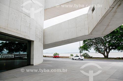 Prédio da Fundação Iberê Camargo (2008)  - Porto Alegre - Rio Grande do Sul (RS) - Brasil