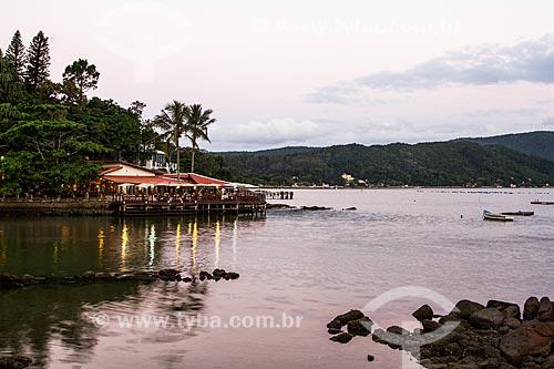 Restaurante na orla da Ponta do Sambaqui  - Florianópolis - Santa Catarina (SC) - Brasil