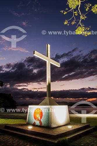 Cruzeiro na orla da Ponta do Sambaqui  - Florianópolis - Santa Catarina (SC) - Brasil