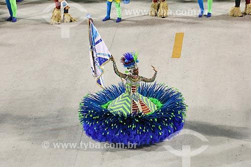 Desfile do Grêmio Recreativo Escola de Samba Caprichosos de Pilares - Porta-Bandeira - Enredo 2015 - Na minha mão é mais barato  - Rio de Janeiro - Rio de Janeiro (RJ) - Brasil