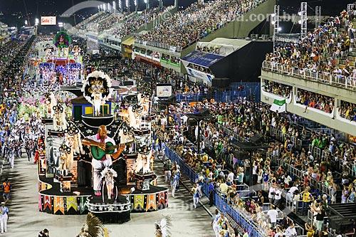 Desfile do Grêmio Recreativo Escola de Samba Inocentes de Belford Roxo - Carro alegórico - Enredo 2015 - Cordel Branco e Encarnado  - Rio de Janeiro - Rio de Janeiro (RJ) - Brasil