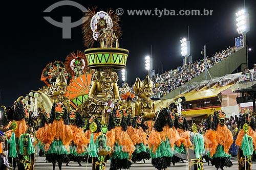 Desfile do Grêmio Recreativo Escola de Samba Acadêmicos do Cubango - Carro alegórico - Enredo 2015 - Cubango, A realeza africana de Niterói  - Rio de Janeiro - Rio de Janeiro (RJ) - Brasil
