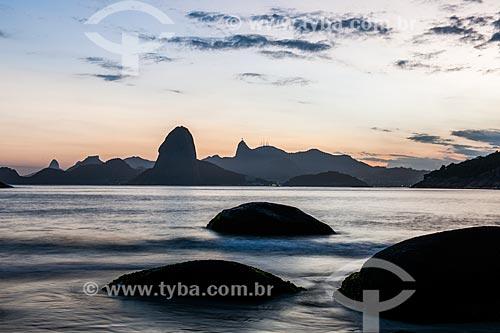 Vista da Baía de Guanabara a partir da Praia do Forte Barão do Rio Branco - também conhecida como Praia de Fora  - Niterói - Rio de Janeiro (RJ) - Brasil
