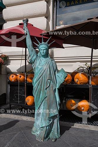 Réplica da Estátua da Liberdade em Wall Street  - Cidade de Nova Iorque - Nova Iorque - Estados Unidos