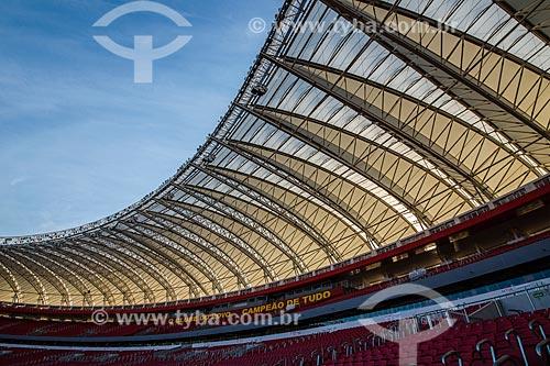 Vista geral da cobertura do Estádio José Pinheiro Borda (1969) - mais conhecido como Beira-Rio - após as reformas para a Copa do Mundo no Brasil  - Porto Alegre - Rio Grande do Sul (RS) - Brasil