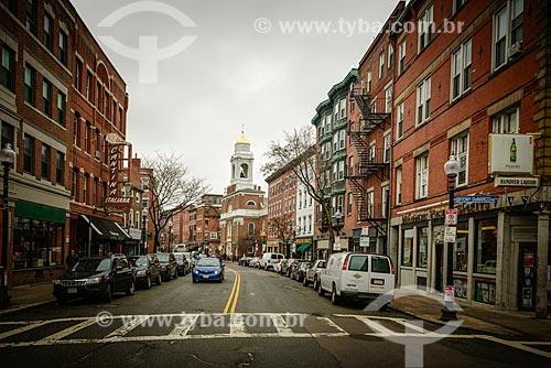 Vista da Hanover Street com a Igreja de São Estevão ao fundo    - Boston - Massachusetts - Estados Unidos