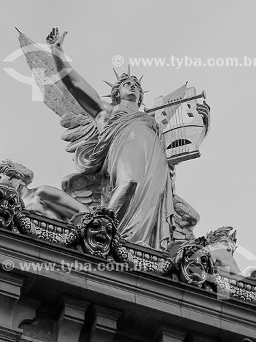 Detalhe de estátua do Palais Garnier (Ópera Garnier) - 1875  - Paris - Paris - França