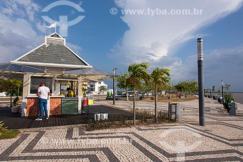 Vista da orla do Rio Guamá após a reurbanização  - Belém - Pará (PA) - Brasil