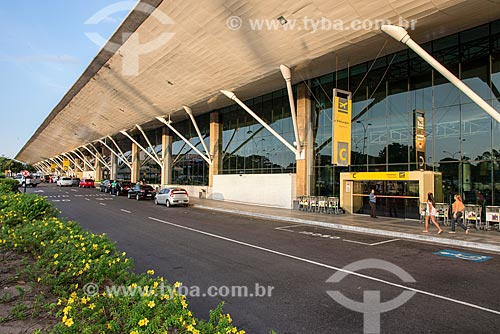 Fachada do Aeroporto Internacional de Belém/Val-de-Cans - Júlio Cezar Ribeiro (1958)  - Belém - Pará (PA) - Brasil