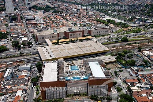 Foto aérea do Shopping Metrô Boulevard Tatuapé  na Estação Tatuapé do Metrô São Paulo  - São Paulo - São Paulo (SP) - Brasil