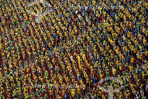 Torcedores da Brasil no jogo entre Brasil x Camarões no Estádio Nacional de Brasília Mané Garrincha  - Brasília - Distrito Federal (DF) - Brasil