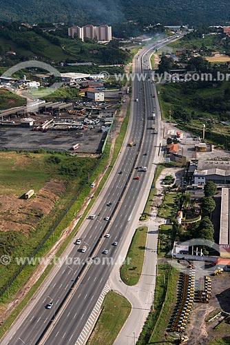 Foto aérea da Rodovia Fernão Dias (BR-381)  - Guarulhos - São Paulo (SP) - Brasil