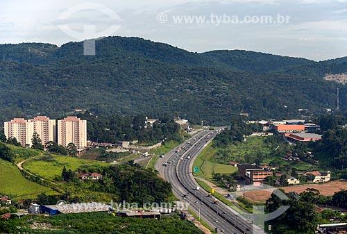 Foto aérea da Rodovia dos Bandeirantes (SP-348) próximo à Avenida Mutinga  - São Paulo - São Paulo (SP) - Brasil