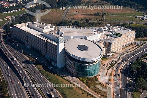 Foto aérea do Tietê Plaza Shopping com a Marginal Tietê  - São Paulo - São Paulo (SP) - Brasil
