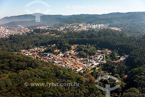 Foto aérea de casas da Vila Amélia no interior do Parque Estadual Alberto Löfgren - também conhecido como Horto Florestal  - São Paulo - São Paulo (SP) - Brasil