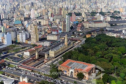 Foto aérea da Pinacoteca do Estado de São Paulo, Parque da Luz e a Estação da Luz  - São Paulo - São Paulo (SP) - Brasil