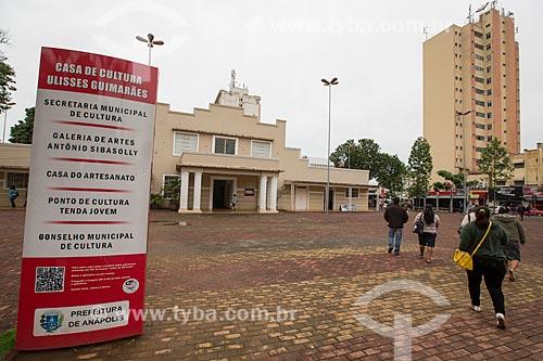 Fachada da Casa de Cultura Ulysses Guimarães - sede administrativa da Secretaria de Cultura  - Anápolis - Goiás (GO) - Brasil