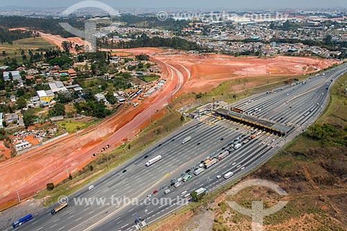 Foto aérea das obras do Rodoanel Mário Covas próximo à Praça de pedágio de Bonsucesso  - Guarulhos - São Paulo (SP) - Brasil