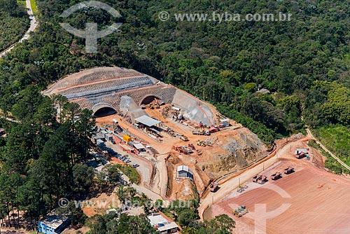 Foto aérea das obras no trecho norte do Rodoanel Mário Covas - também conhecido como Rodoanel Metropolitano de São Paulo  - Guarulhos - São Paulo (SP) - Brasil