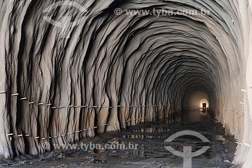 Entrada do túnel Cuncas II - parte do Projeto de Integração do Rio São Francisco com as bacias hidrográficas do Nordeste Setentrional  - São José de Piranhas - Paraíba (PB) - Brasil