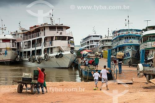Barcos atracados no Porto de Santarém  - Santarém - Pará (PA) - Brasil