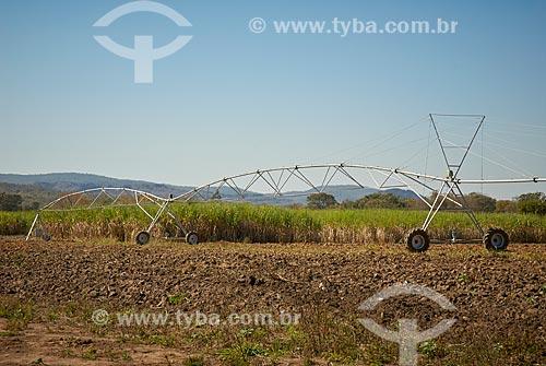 Pivô central em fazenda no distrito de Palmeirinha  - Unaí - Minas Gerais (MG) - Brasil