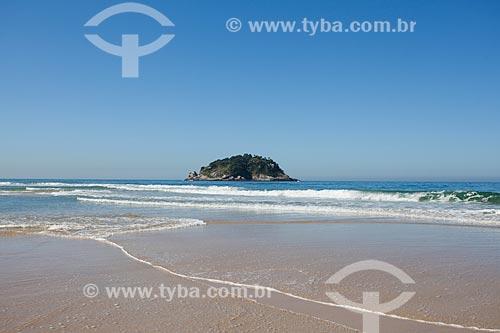 Ilha das Peças em frente à Praia de Grumari  - Rio de Janeiro - Rio de Janeiro (RJ) - Brasil