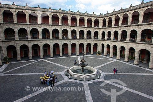 Pátio no interior do Palácio Nacional - sede do governo do México  - Cidade do México - Distrito Federal - México