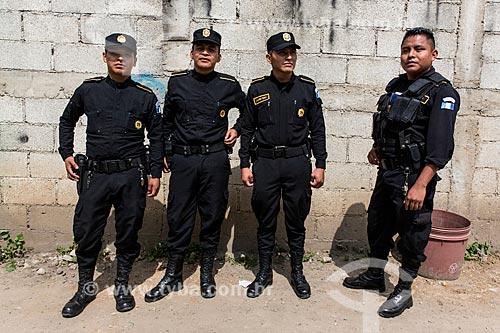 Policiais nas ruas do departamento de Quetzaltenango  - Departamento de Quetzaltenango - República de Guatemala